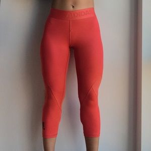Cropped Adidas Leggings